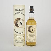 BEN NEVIS (1 70 CL)Independent Bottler Signatory. Highland. 43% ABV / 70 clDistilled: 1990Bottled: 2000Bottle: 877/1056Notes: VintageBEN NEVIS (1 70 CL)Independent Bottler Signatory. Highland. low neck43% ABV / 70 clDistilled: 1990Bottled: