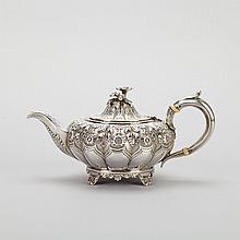 George IV Silver Small Teapot, Richard Pierce & George Burrows, London, 1827, height 3.8