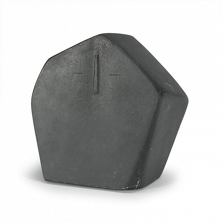 JOHN PANGNARK (1920-1980), HOODED FIGURE, stone, 7.25