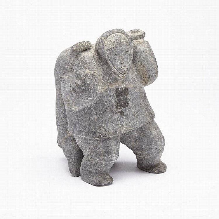 PADLI UTTUUJAQ ILISITUK (1931-), HUNTER DRAGGING A POLAR BEAR, stone, 8.75