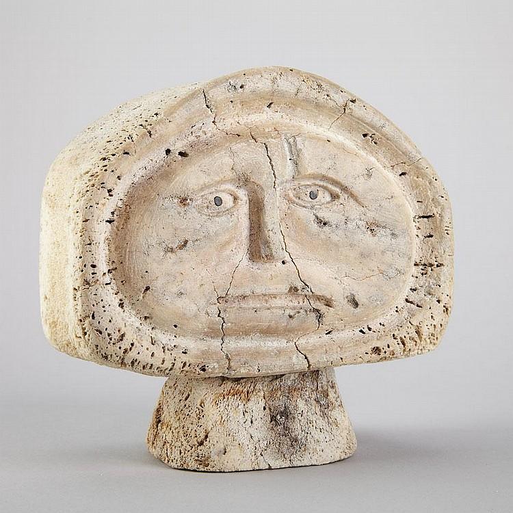 SAMUEL NAHAULAITUQ (1923-), E4-288, Spence BayHEAD, bone, signed in syllabics, 6.25