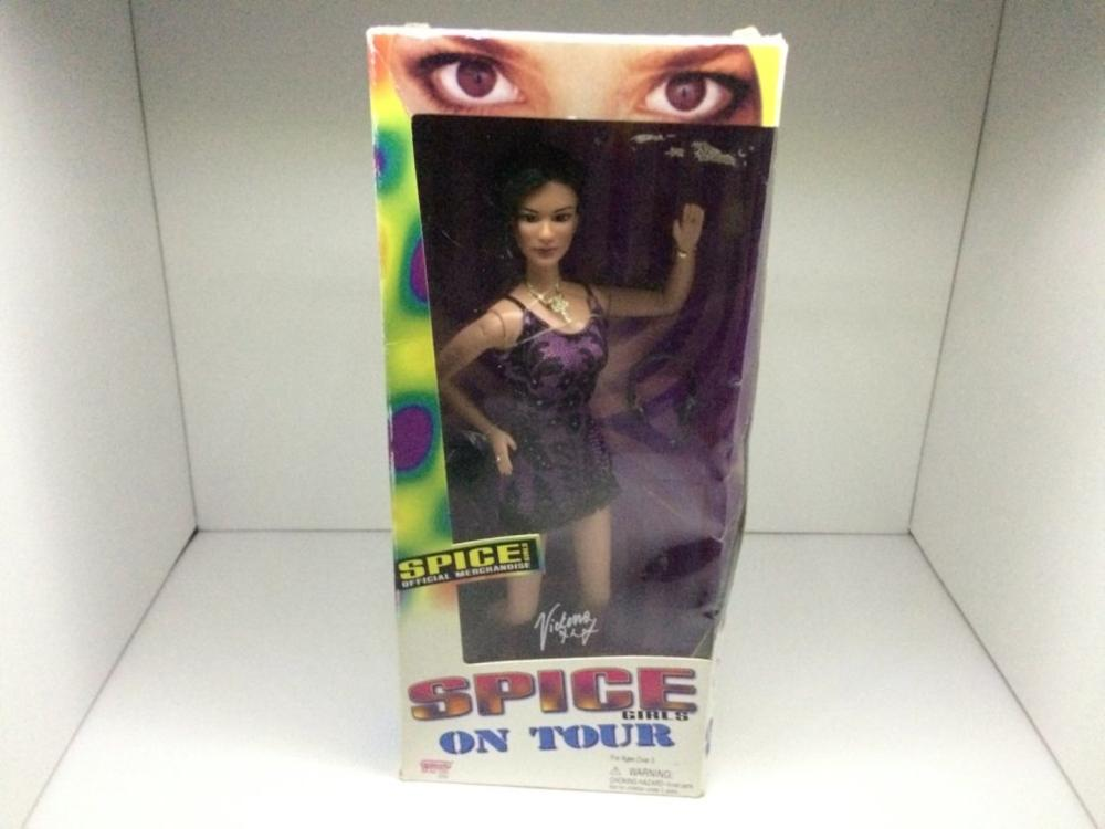 Municipal Lot 1 PC Spice Girl Doll