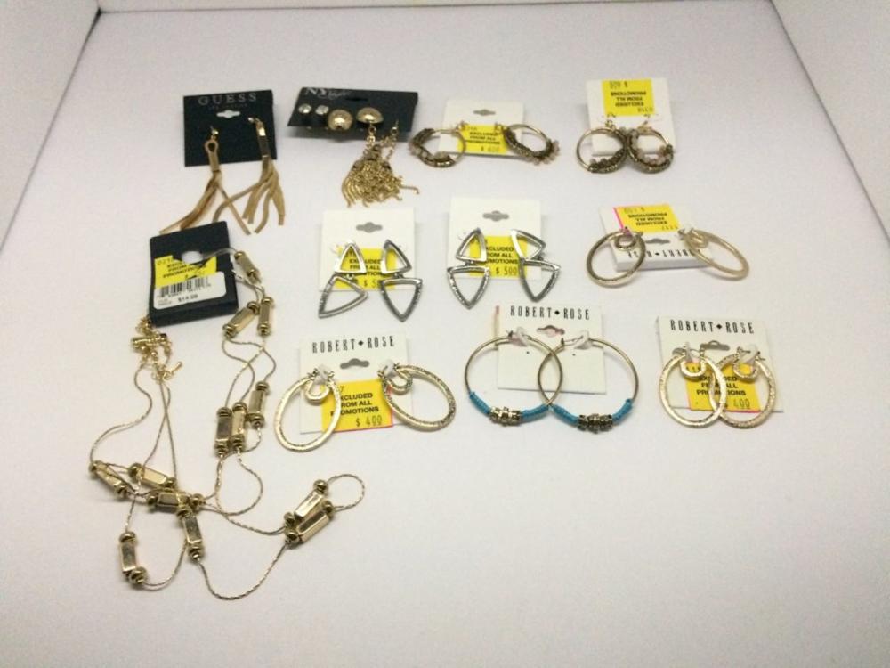 Municipal Lot 11 PC Mixed Jewelry