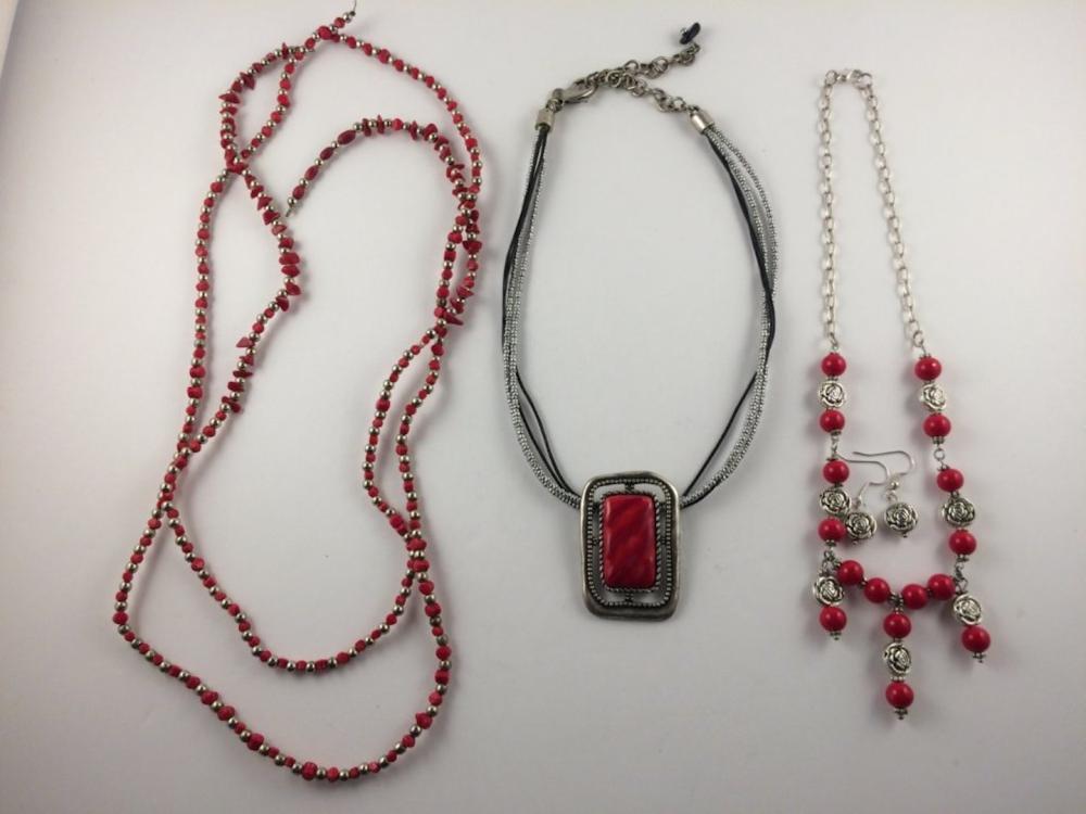 Municipal Lot 5 PC Mixed Jewelry