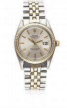 A GENTLEMAN'S STEEL & ROSE GOLD ROLEX OYSTER PERPETUAL DATEJUST BRACELET WATCH