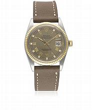 A GENTLEMAN'S STEEL & GOLD ROLEX OYSTER PERPETUAL DATEJUST WRIST WATCH