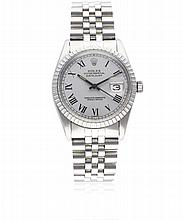 A GENTLEMAN'S STAINLESS STEEL ROLEX OYSTER PERPETUAL DATEJUST BRACELET WATCH