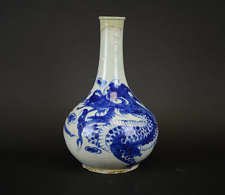Yi Dynasty Korean Porcelain Vase