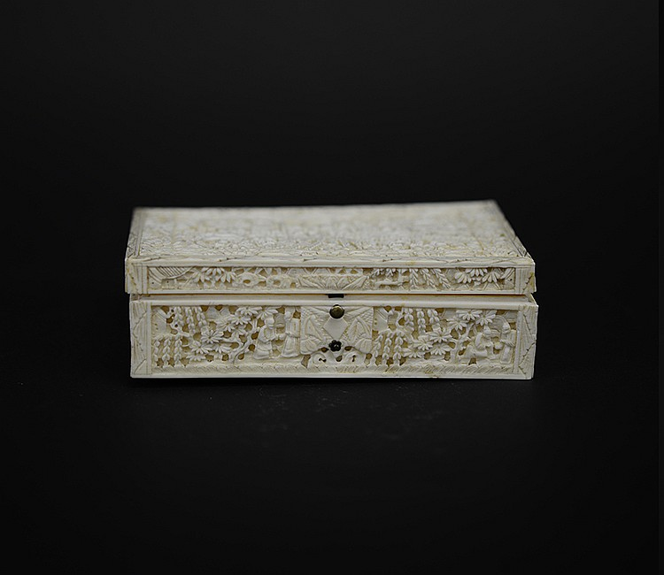 19th Century Chinese Carved Ivory Box