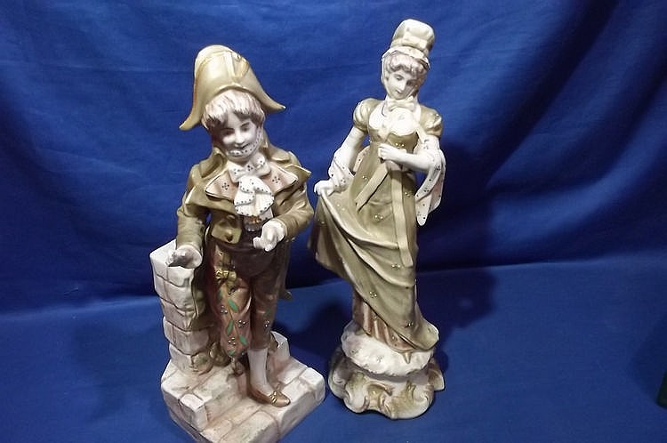 PAIR OF EARLY CHELSEA FIGURES A/F