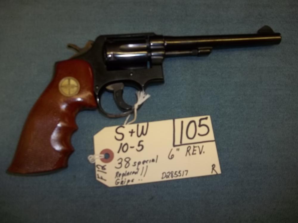 S&W 10-5, 38 Spec. Replaced Grips, D285517 Reg. Req.