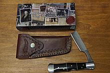 Daniel Boone Stag Handle Razor W/ Leather Holster