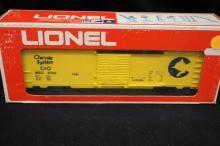 Lionel Electric Train- Chessie Box Car