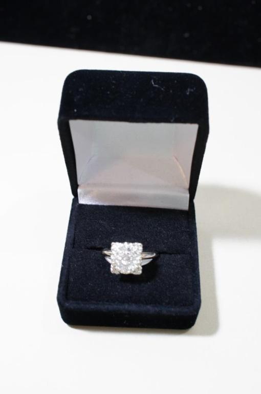 14k White Gold Diamond 1/2ct Tw Size 6.75