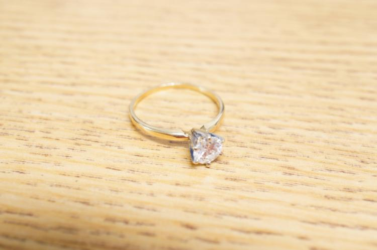 Solitaire Ring 14kt Size 9
