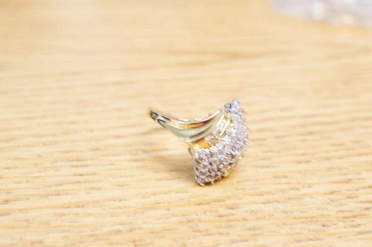 Diamond Ring 14kt Size 8