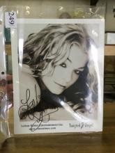 Leann Rimes Signed Picture 8x10