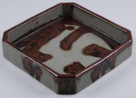 Esias Bosch (1923-2010): A Stoneware Dish square,