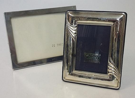 A GEORGE V SILVER PICTURE FRAME, W J MYATT & CO, B
