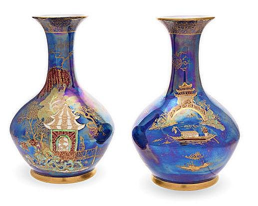 A PAIR OF WILTSHAW & ROBINSON CARLTON WARE 'ORIENT