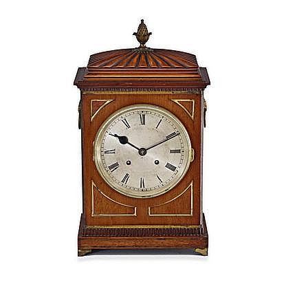 A REGENCY MAHOGANY AND BRASS INLAID MANTEL CLOCK B