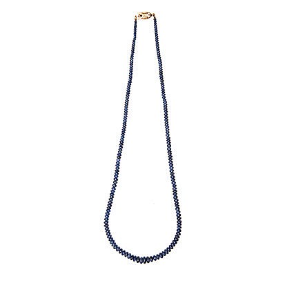 A SAPPHIRE NECKLACE comprised of sapphire beads, graduated in size, weighin