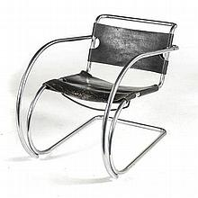 A LEATHER AND CHROME MR20 ARMCHAIR DESIGNED IN THE 1950s BY MIES VAN DER RO