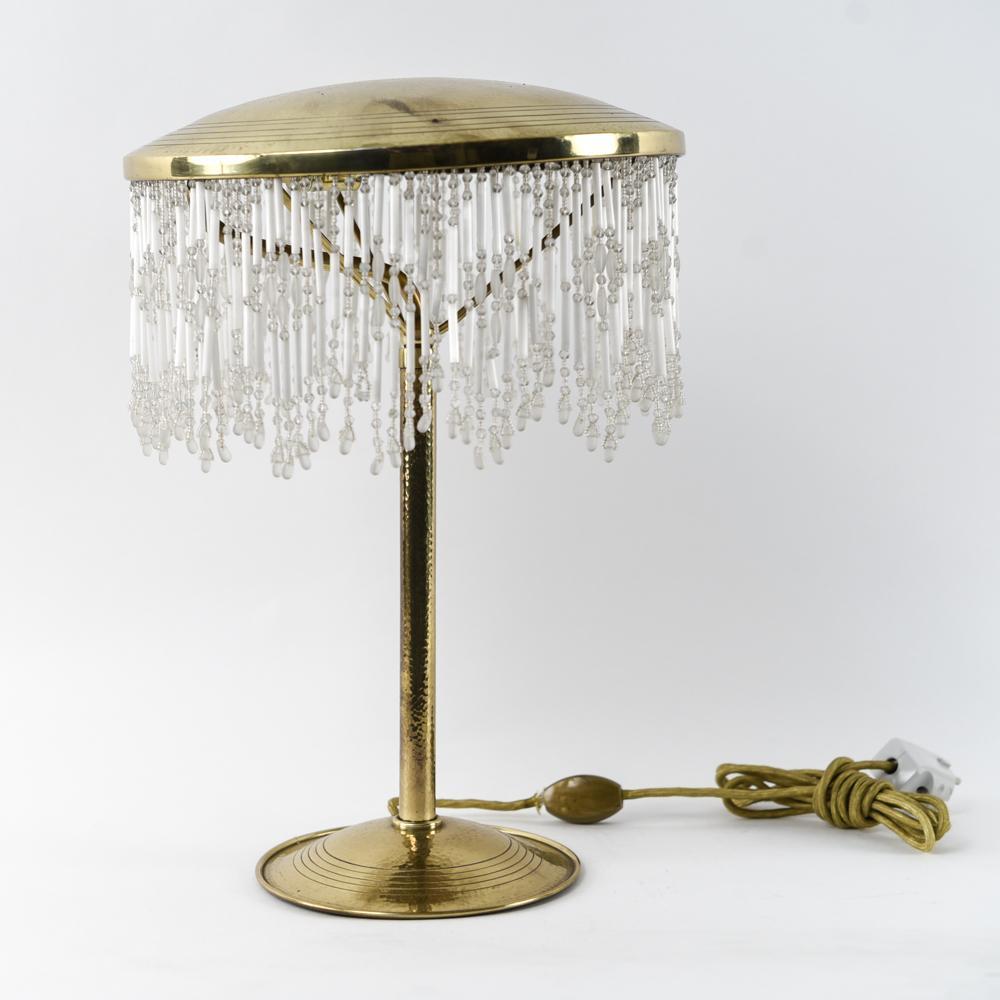 VIENNESE JUGENDSTIL HAMMERED BRASS TABLE LAMP