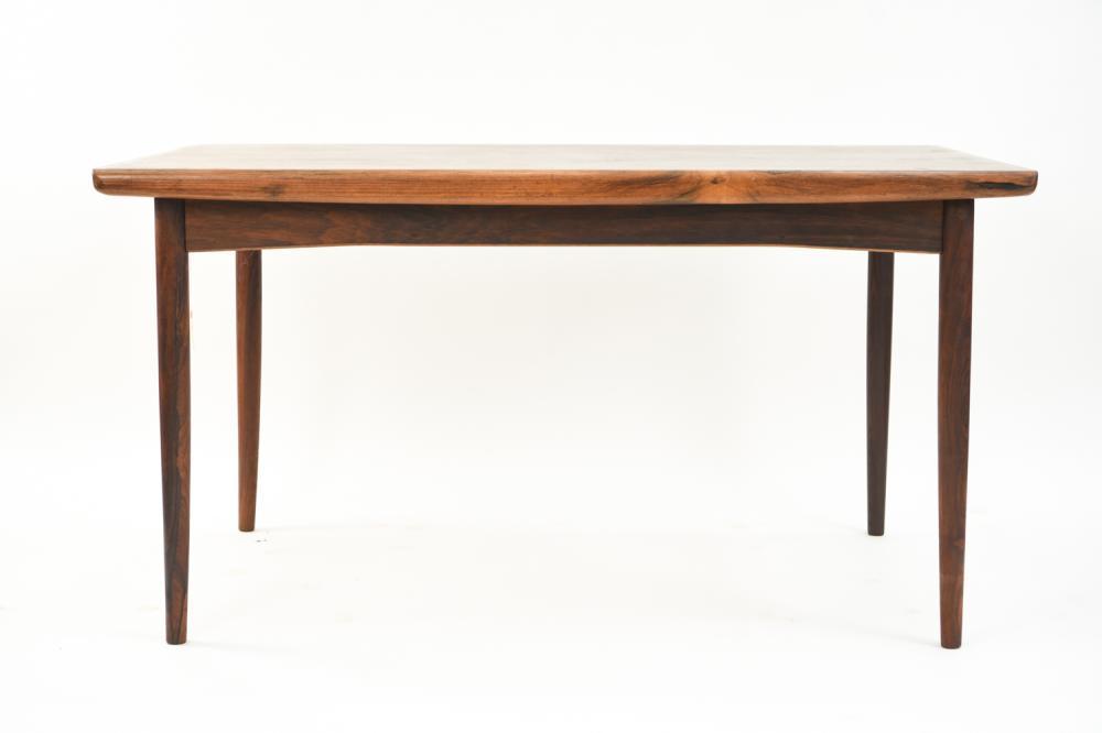 DANISH MID-CENTURY ROSEWOOD DINING TABLE