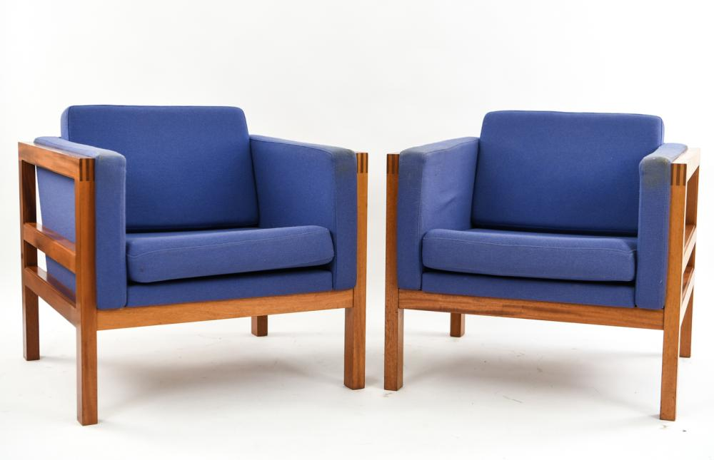 PAIR OF CHRISTIAN HVIDT MAHOGANY LOUNGE CHAIRS