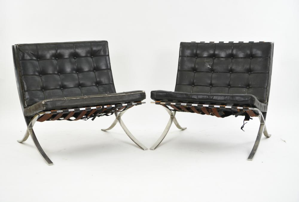 PAIR OF ORIGINAL KNOLL BARCELONA CHAIRS