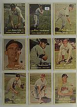 1957 Topps 9 Card Lot w. Luis Aparicio