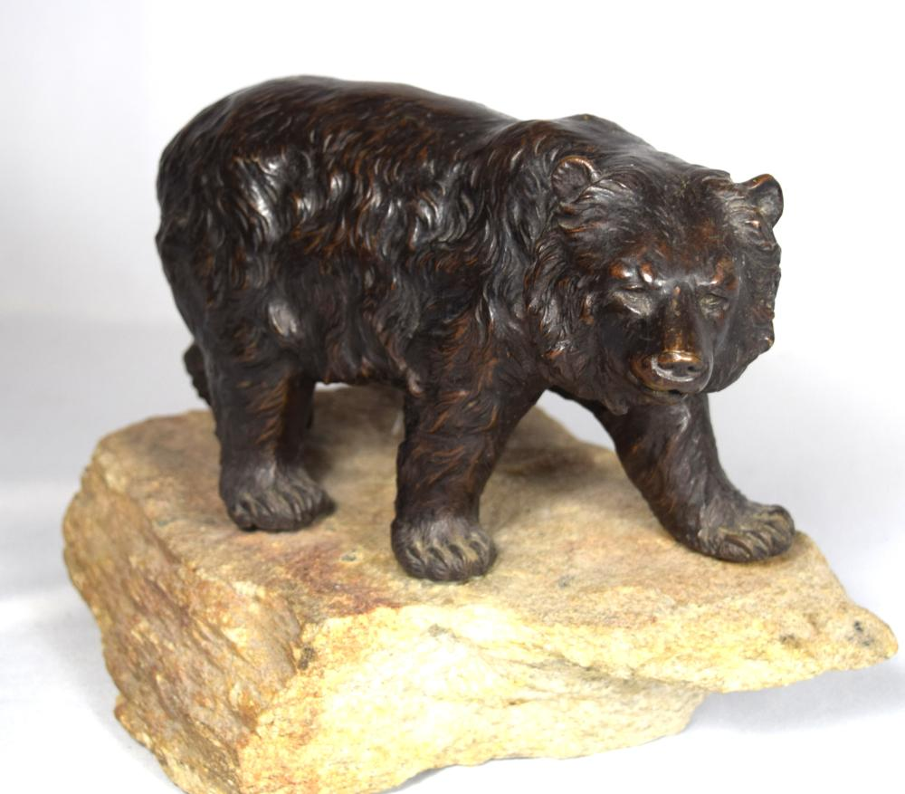 CARL KAUBA BRONZE SCULPTURE OF A GRISSLY BEAR: