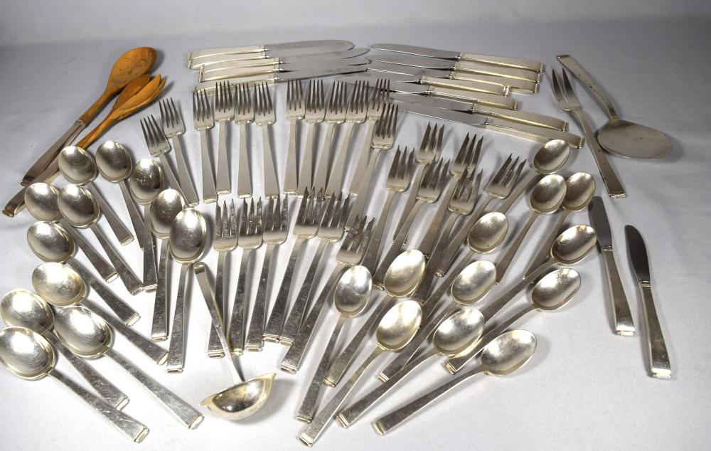 GORHAM PERSPECTIVE PATTERN STERLING SILVER FLATWARE SERVICE FOR TWELVE: