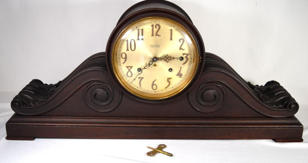 CARVED MAHOGANY SETH THOMAS MANTLE CLOCK: