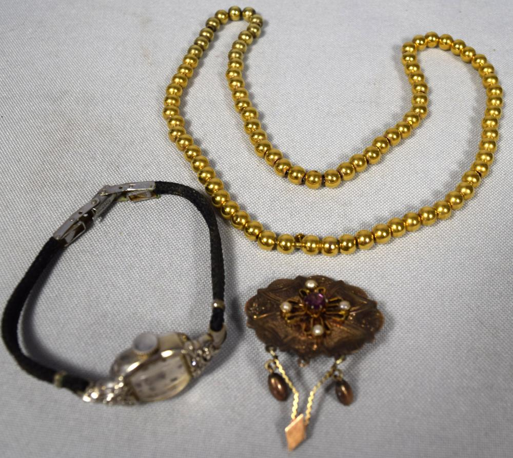 THREE PIECE GOLD JEWELRY LOT: