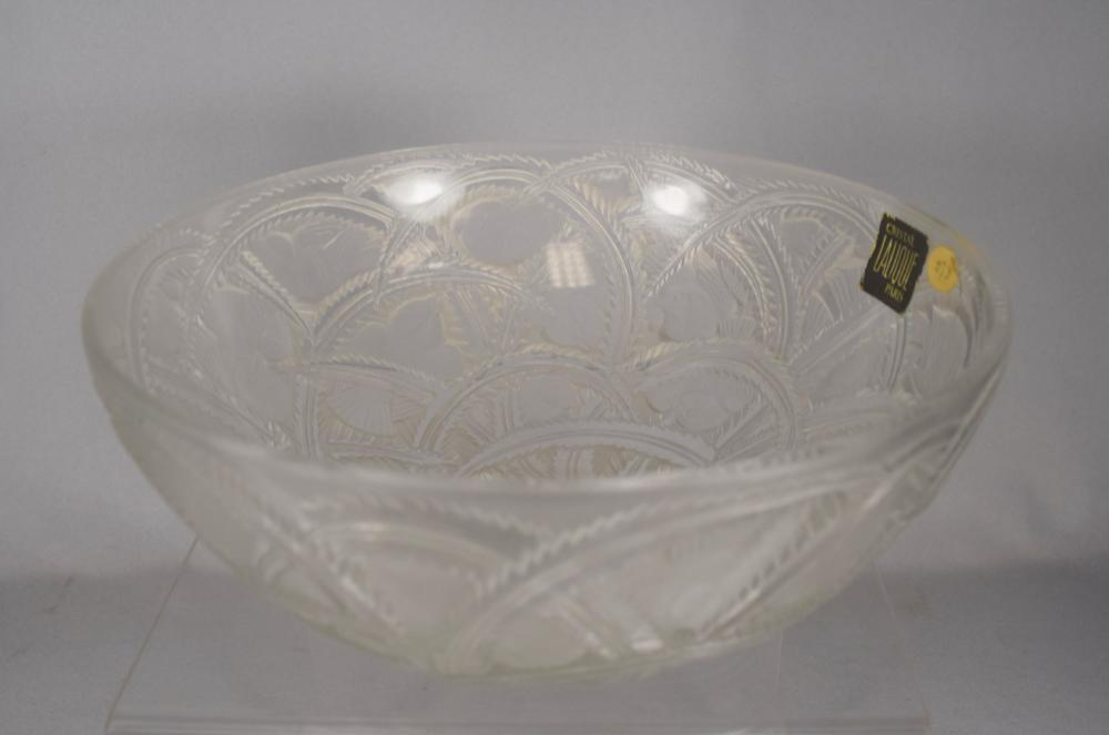 FRENCH LALIQUE PINSON PATTERN CRYSTAL BOWL: