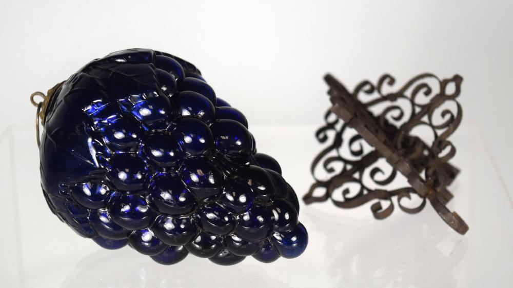 19TH C GERMAN COBALT BLUE KUGEL WITH HOLDER: