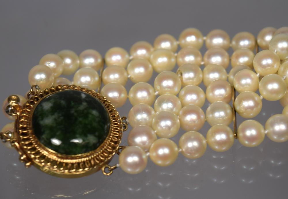THREE STRAND PEARL, 14KT GOLD & MOTTLED JADE TYPE BRACELET: