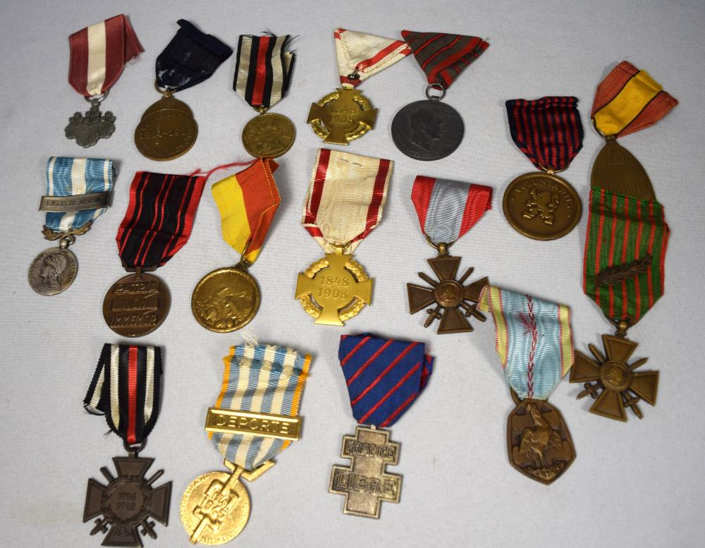 WW1 & WWII FRENCH, GERMAN, JAPANESE & EUROPEAN MILITARY MEDALS: