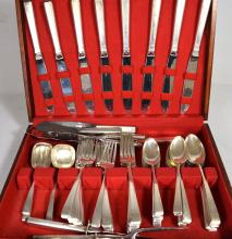 TOWLE ?CRAFTSMAN? PATTERN PARTIAL STERLING FLATWARE: