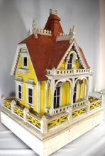 AMERICAN VICTORIAN HOUSE BIRD HOUSE