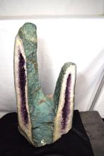 NATURAL SOUTH AMERICAN AMETHYST GEODE DOUBLE CATHEDRAL SHAPE MINERAL SPECIMEN: