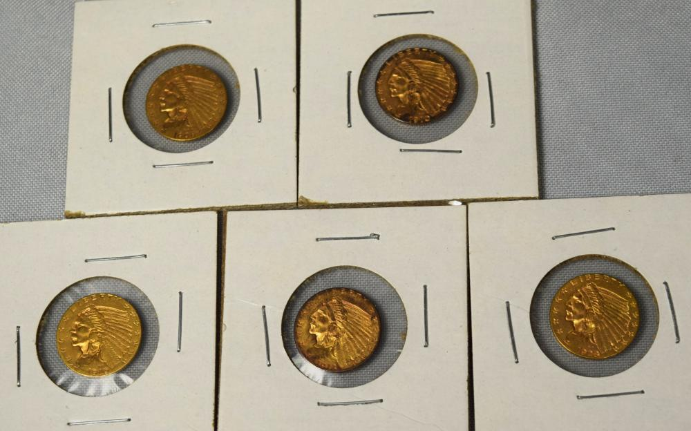 FIVE US INDIAN HEAD TWO & HALF DOLLAR GOLD COINS: