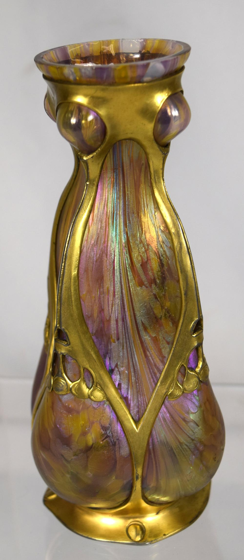 ART NOUVEAU AUSTRIAN IRIDESCENT GLASS & GOLD GILT METAL OVERLAY VASE: