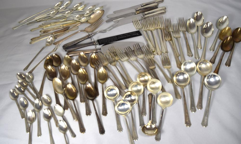 TOWLE STERLING SILVER FLATWARE: