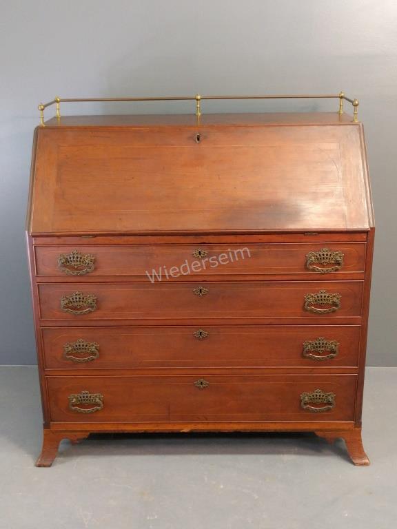 Hepplewhite Inlaid Cherry Slant-lid Desk