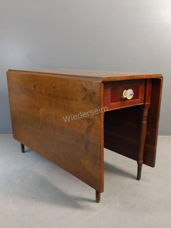Sheraton One-drawer Drop-leaf Table