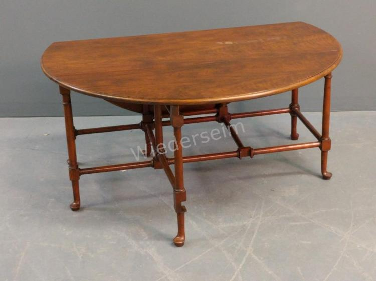 Baker Queen Anne Style Drop-leaf Coffee Table