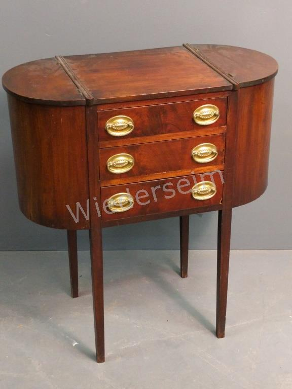 Martha Washington Style Sewing Table